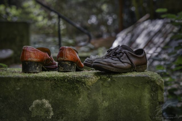 Haute Couture - some lost shoes at the Château Lumière